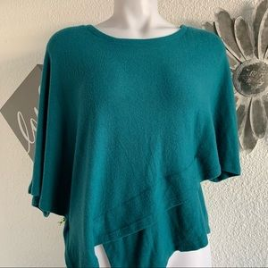 Eri + Ali poncho top with sleeves